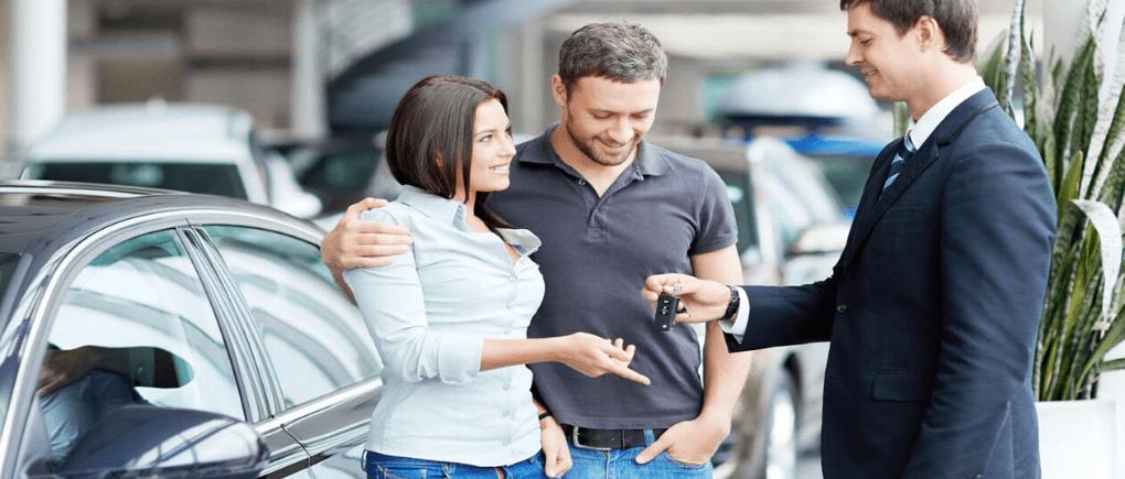 Visita a un Concesionario y compra tu auto.