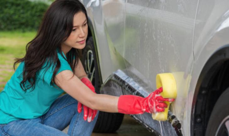 Qué necesitas para limpiar tu coche