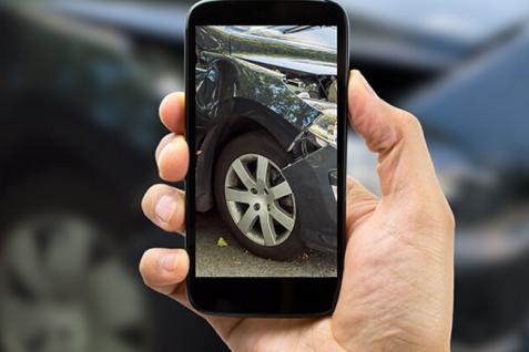 Qué hace en una accidente de coche 2020