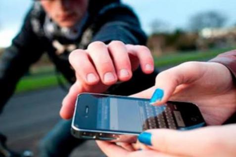 5 razones para tener protegido tu celular
