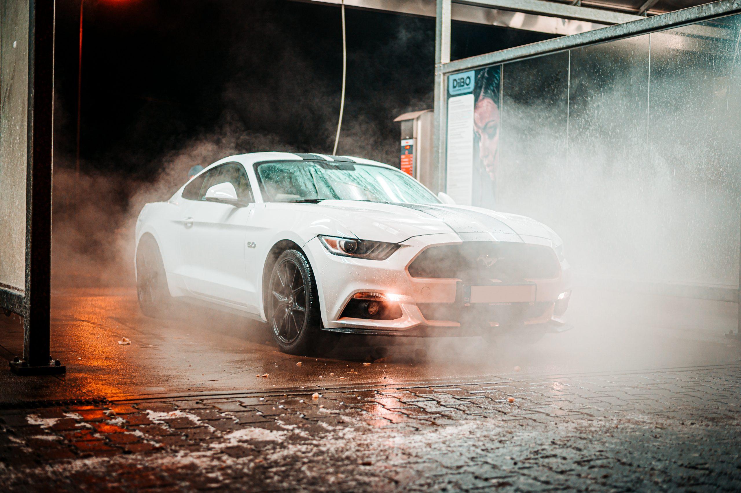 Automóvil quemado